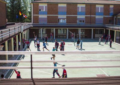 deporte-colegio-baloncesto